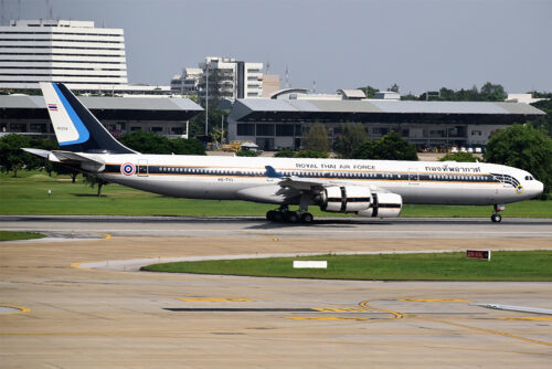 Royal Thai Air Force's Airbus A340-500 taxis at Don Mueang International Airport. Photo: Alec Wilson / Wikimedia Commons