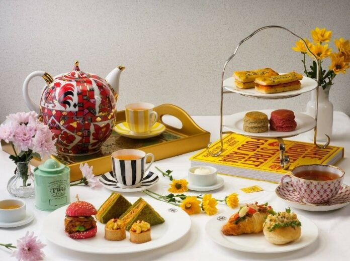 Enjoy exceptional teas and tea-infused gastronomy in the comfort of your home.